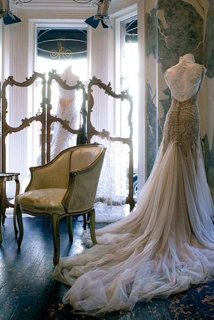with_love_and_lace_bespoke_couture_bridalwear_jo_withey_designer_kent_wedding_dress_jo_inspiration